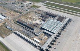 Den nye flyplassen i Berlin åpner i 2020