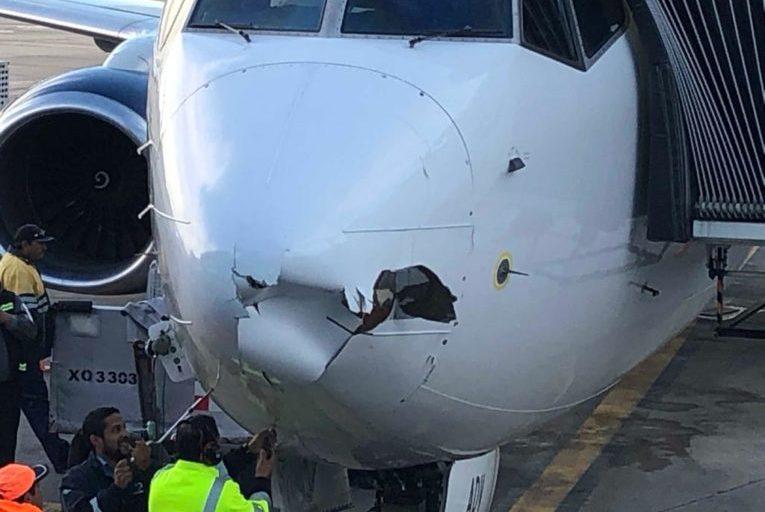 Boeing 737 passasjerfly krasjet med drone under landing