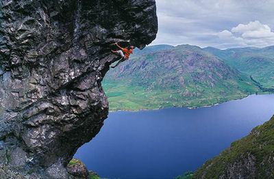 """This is why they call lead climbing """"the sharp end"""""""