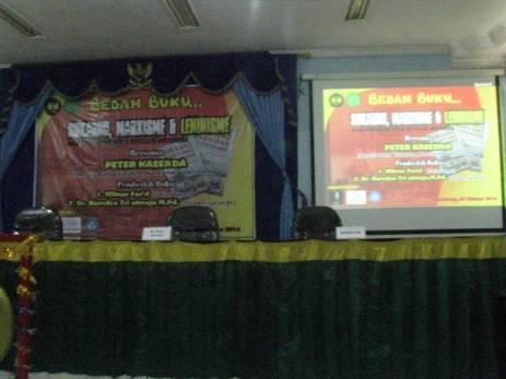 Universitas Negeri Semarang (4)