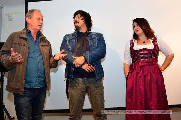 Regisseur Hermann Peseckas (Kamera, Schnitt), Djordje Ĉenić (Ton, Interviews), Pupak Bodjo