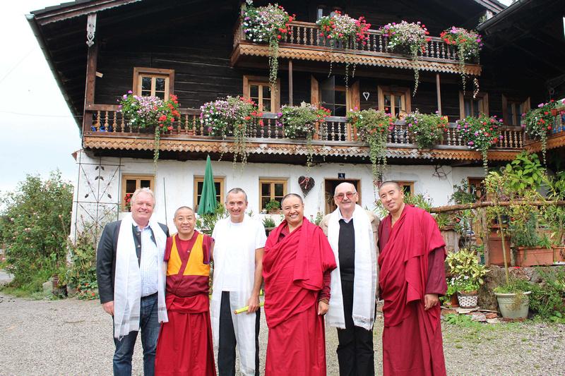 Tibetische Mönche im Oberinnviertel Seelentium