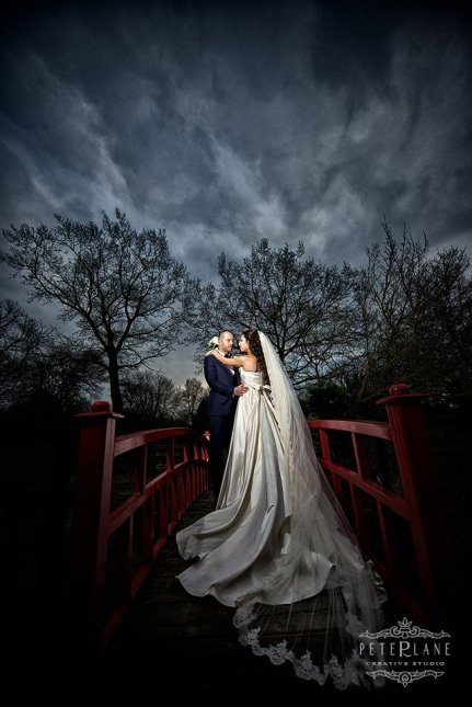 Wedding photographer Sopwell House - the bridge