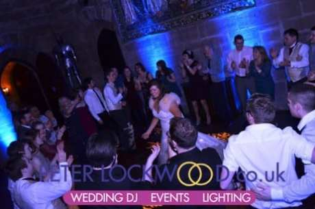 Wedding-circle-for-the-last-song-in-Peckforton-Castle