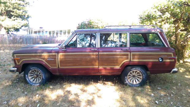 a new project with a few more wheels than normal, '86 Jeep Grand Wagoneer... || blog.peterlombardi.com