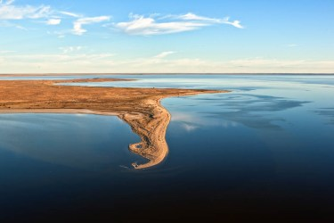 Lake Eyre in Flood - 2010