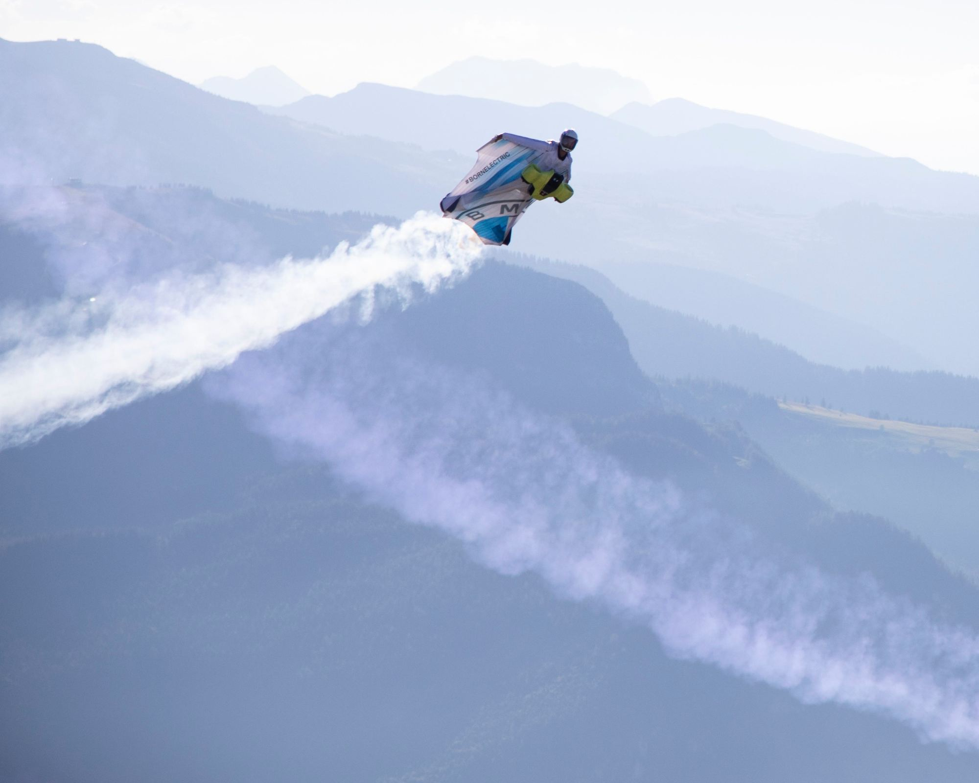 Wingsuitpilot Peter Salzmann, Picture by Timeline Production