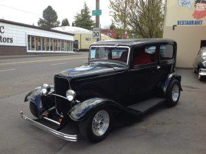 1932 Ford 2 door Sedan Black