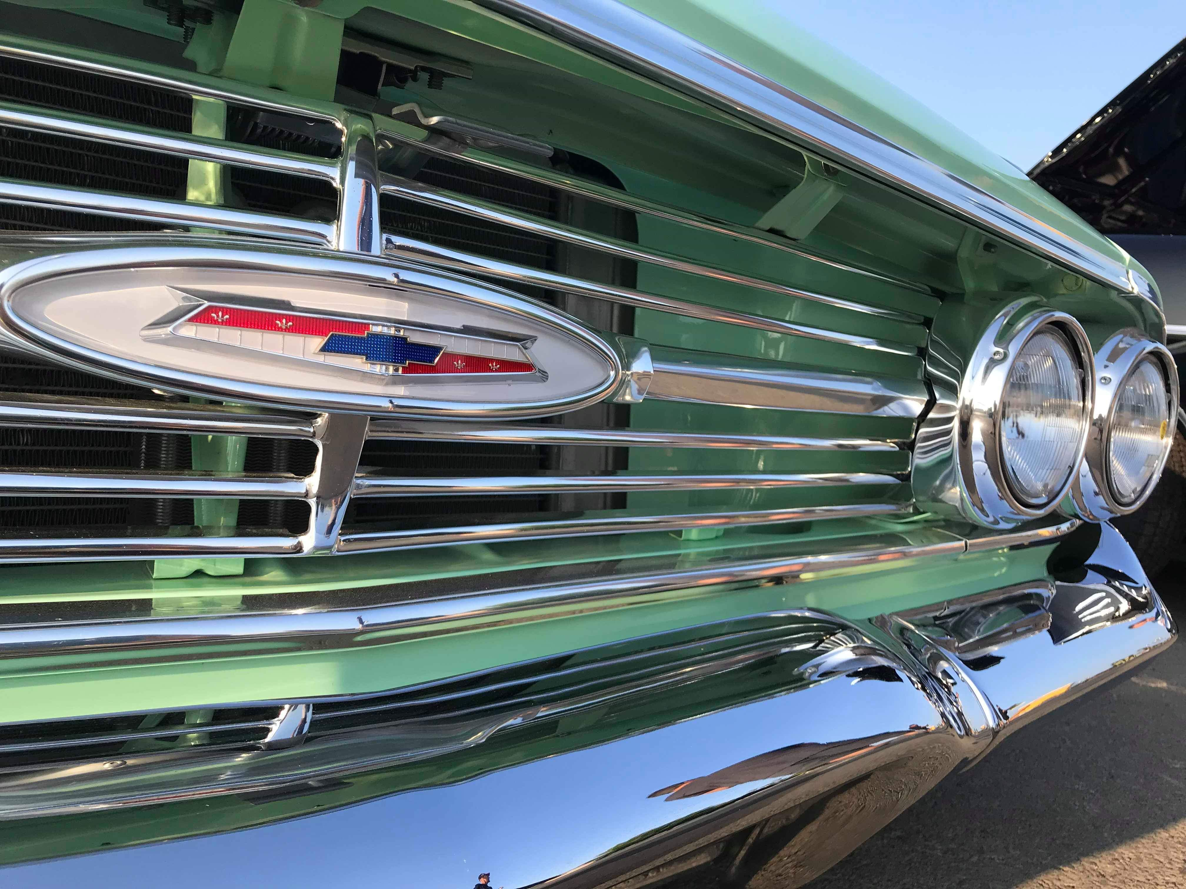 1960 Chevrolet Biscayne Green