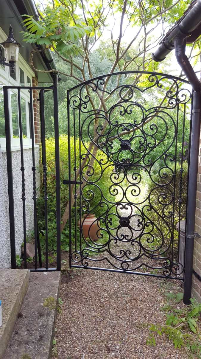 Ornate side gate