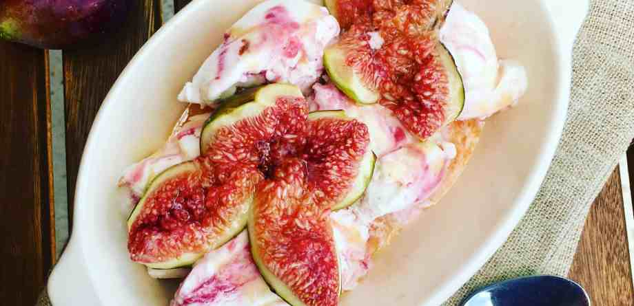 Caramelized Figs Baked with Honey