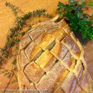 Easy Cheesy Garlic Pull-Apart Bread Recipe