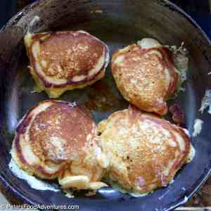 Oladi - Russian Pancakes with Fresh Berries (Оладьи)