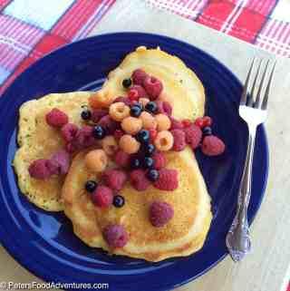 Oladi – Russian Kefir Pancakes (Оладьи)