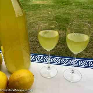 How to make Limoncello Liqueur