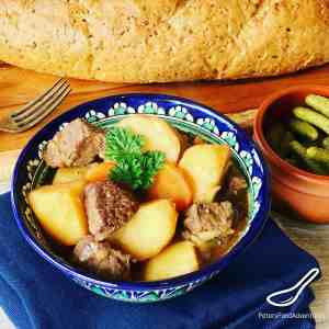 A classic winter beef stew made with beef or lamb, potatoes and carrots. Common in Russia, Uzbekistan and across Soviet countries. Kavardak Beef Stew (Кавардак) Recipe