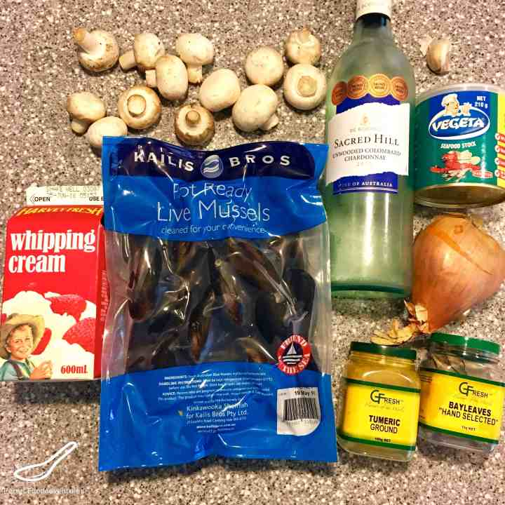 ingredients for steamed mussels in wine
