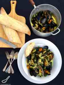 Mussels in a Creamy White Wine Sauce Recipe