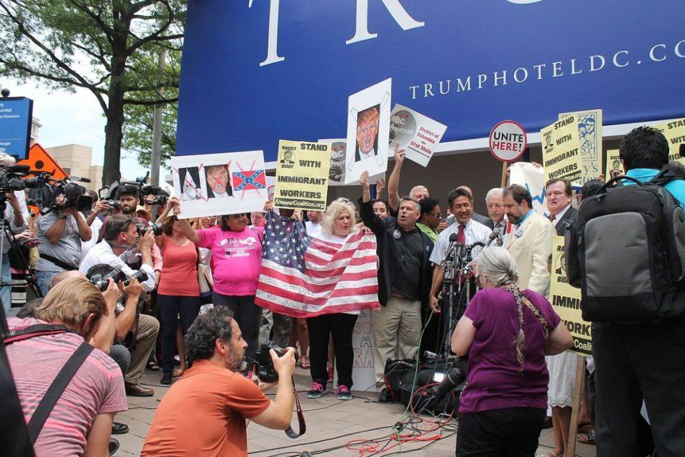 trump_protest_washington_d-c-_-_july_9_2015