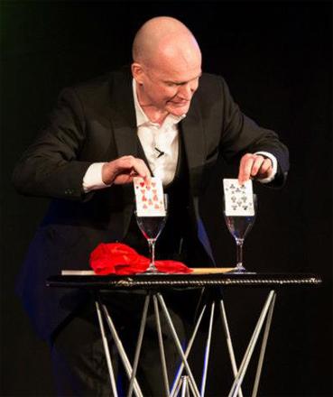 Cabaret Magician - Cards