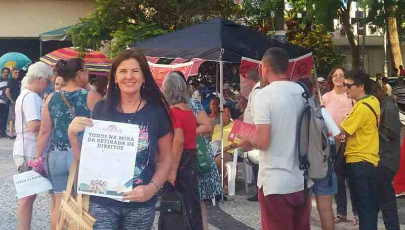 PT 39 anos - Florianópolis/SC - DAP dialogando com a população