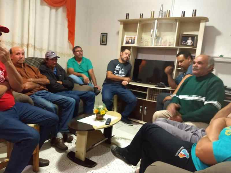 no Bairro Guarujá/Vila Esperança em 11/04