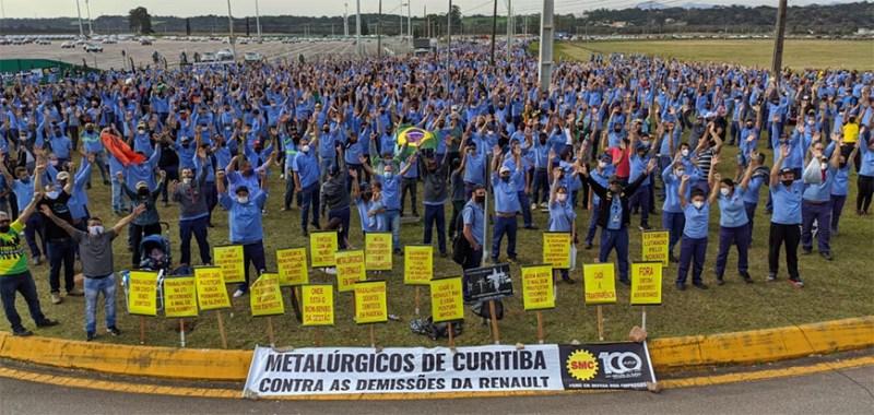 Greve na Renault em São José dos Pinhais/PR
