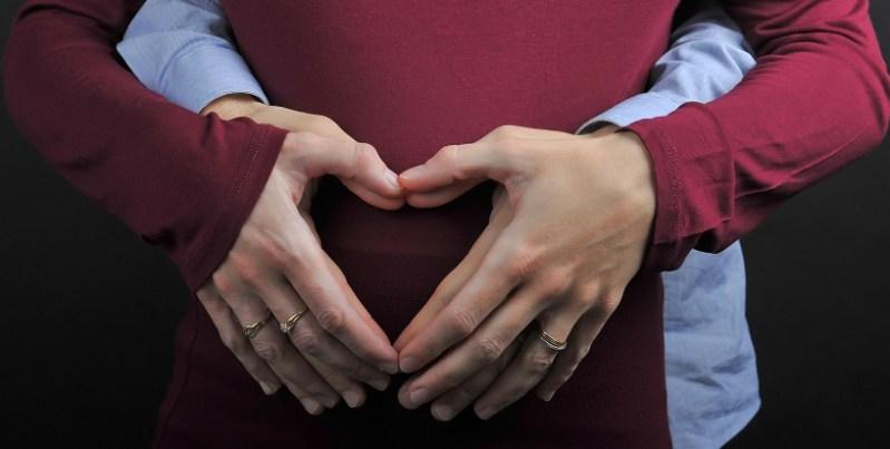 Coeur avec les mains