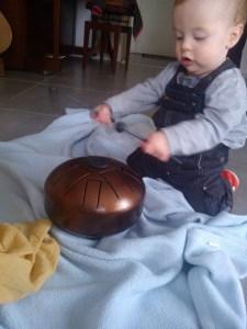 chanter avec bébé, hapy drum