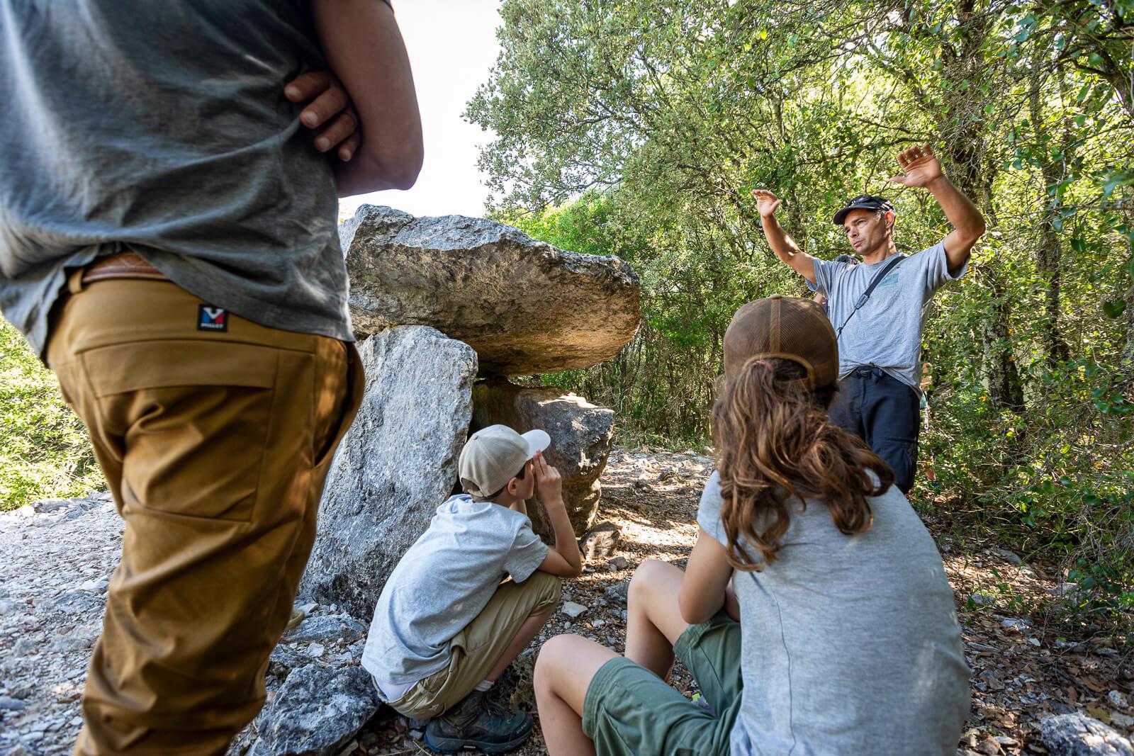 Dolmen - Randonnée en famille dans les Gorges de l'Ardèche