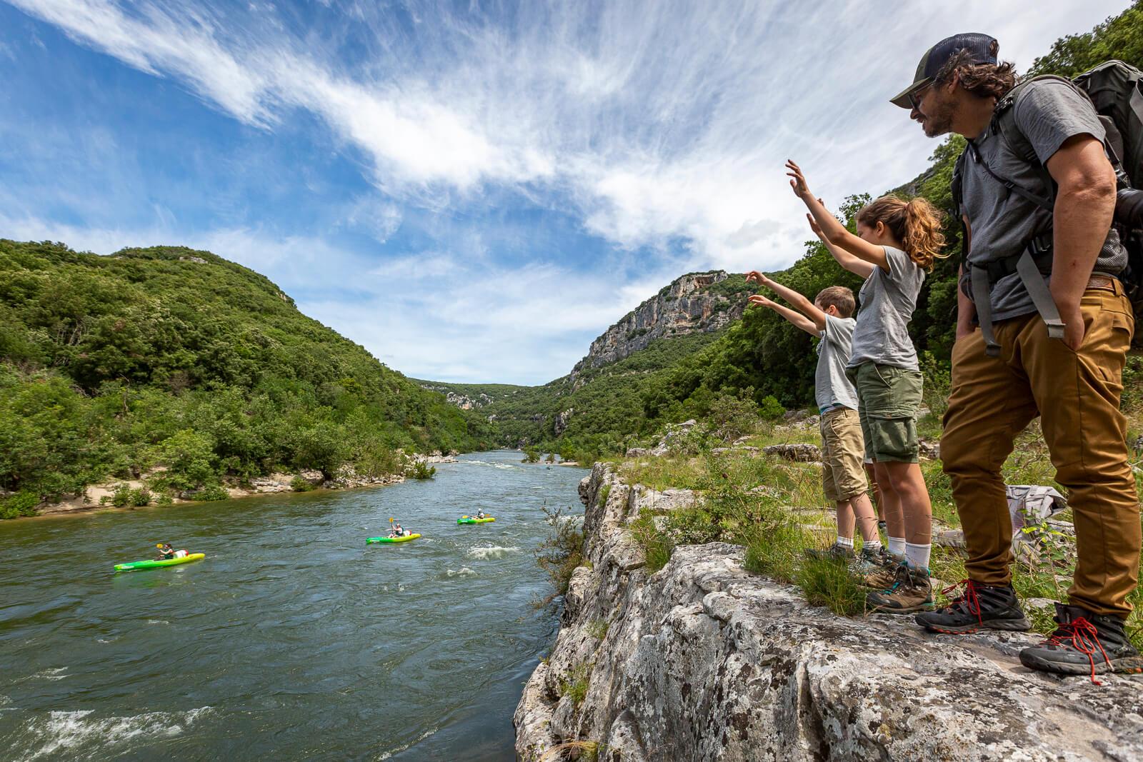 Randonnée en famille dans les Gorges de l'Ardèche