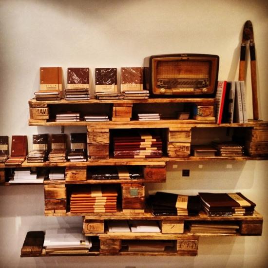 canapé en palette de bois