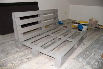 canapé palette peinture