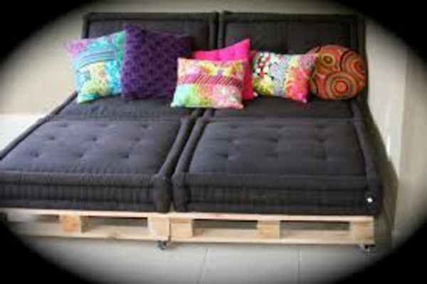 ou trouver coussin pour canape palette canap palettes. Black Bedroom Furniture Sets. Home Design Ideas