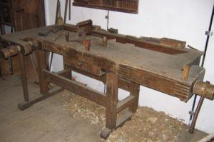 lit avec palettes en bois