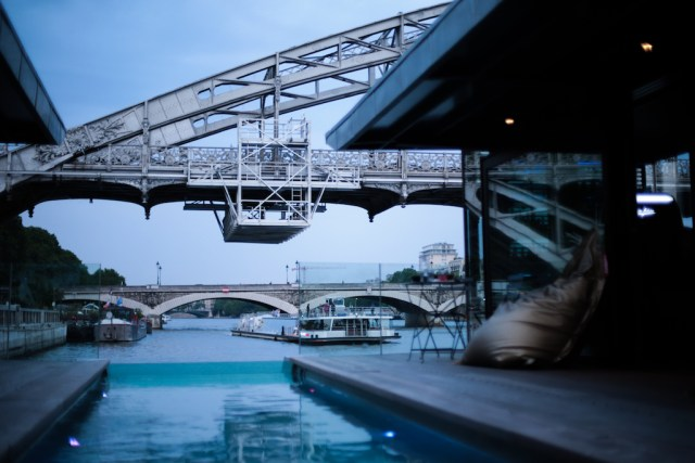 off-paris-seine 04