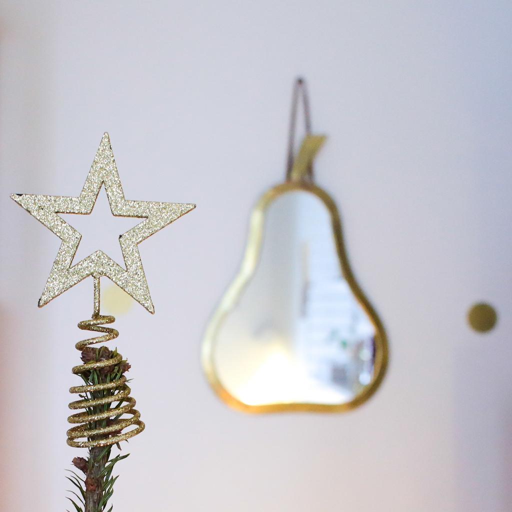 decoration-sapin-de-noël-boule-doré-gold-or-bois-scandinave-ceramique