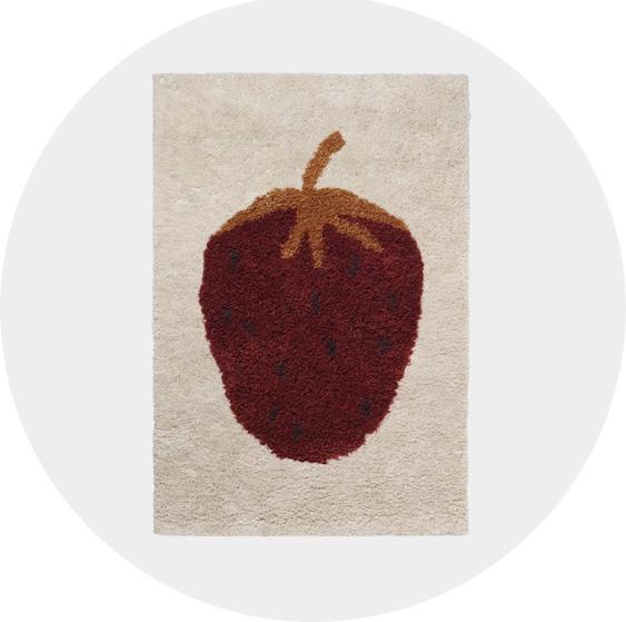tapis-motif-fraise-ferm-living-plumeti-soldes