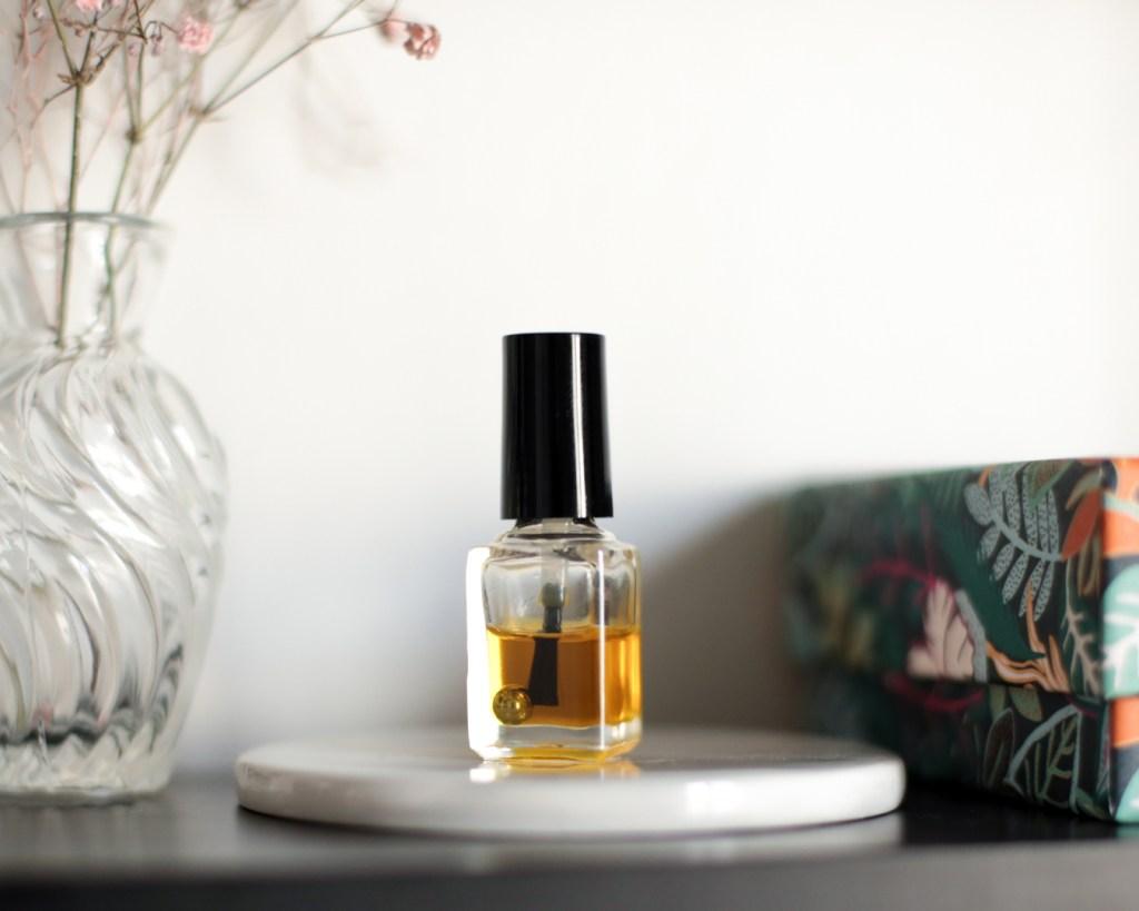 aroma-zone-huile-cuticule-framboise-cassis-cosmetique-fait-maison-recette