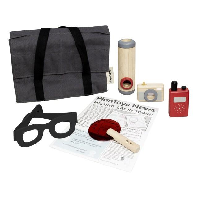 valise-de-detective-et-ses-accessoires-plan-toys