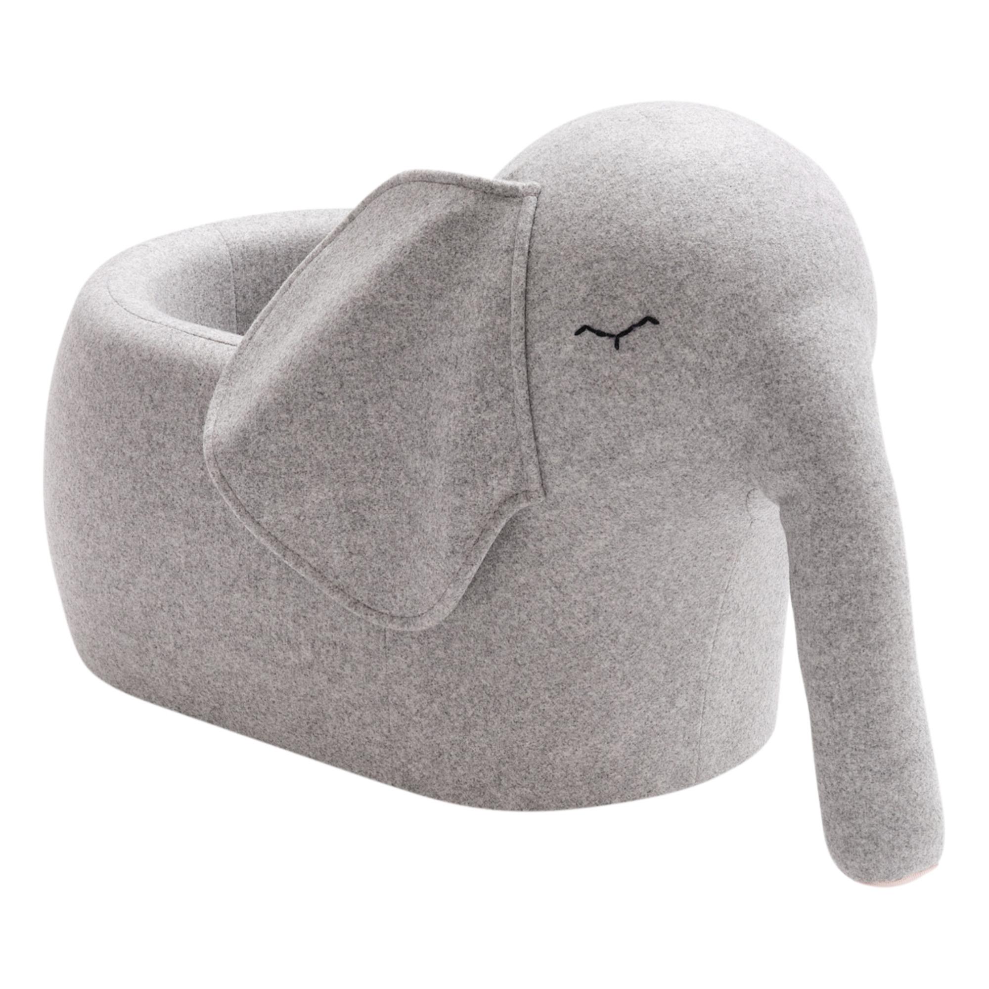 l-elephant-a-roulettes-bada-bou