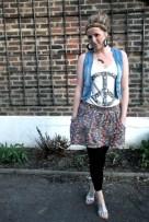 blue-primark-vest-black-h-m-leggings-blue-zara-skirt-white-h-m-top-black_400