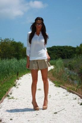 white-blouse-beige-shorts-beige-aldo-shoes-gold-asos-accessories_400
