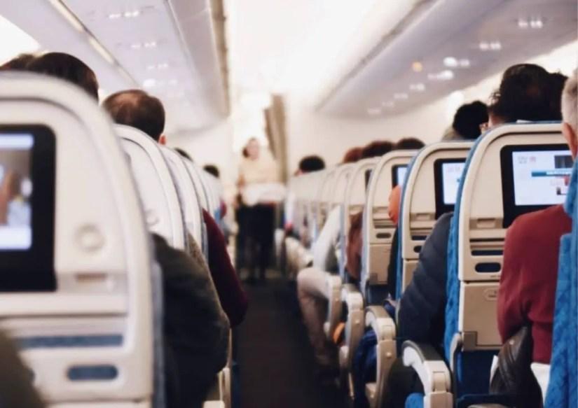 Les tablettes tactiles pour occuper les tout petits en avion