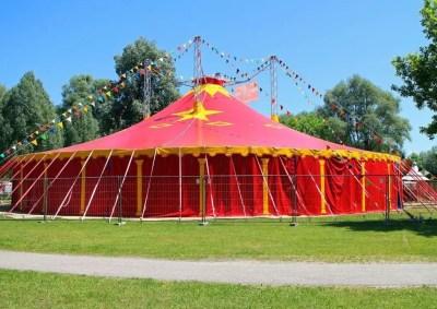 Aller au cirque en famille