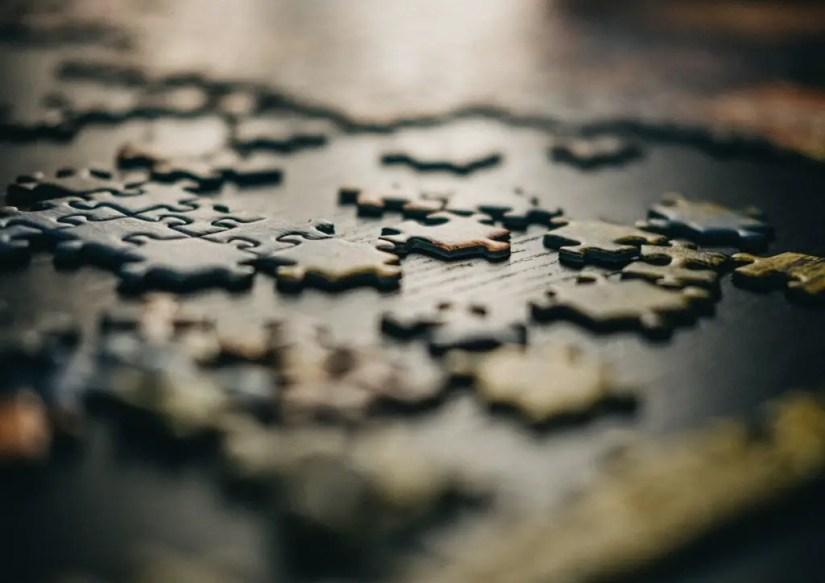 Les puzzles de pour 4 ans de 48 pièces nécessitent une démarche structurée