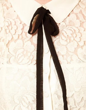 petitemod-shiirt-with-ribbon