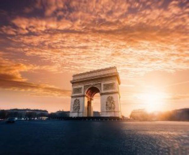 Arc de Triomphe, coucher de soleil