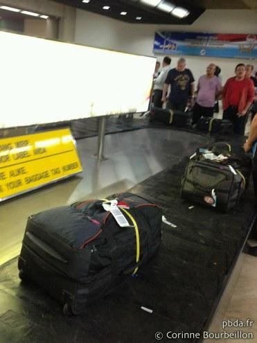 Mon sac à l'aéroport de Jakarta. Mars 2013.