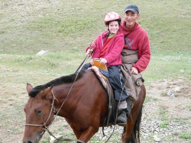 Tour du monde en famille à vélo - cavalier mongol